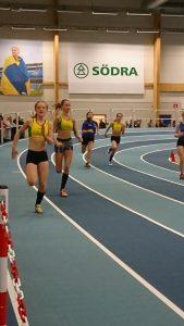 Nellie Nilsson, Meja Samuelsson och Alice Sundin F13 sprang 200m